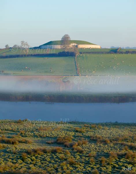 Photo of Newgrange Boyne with mist - W30487