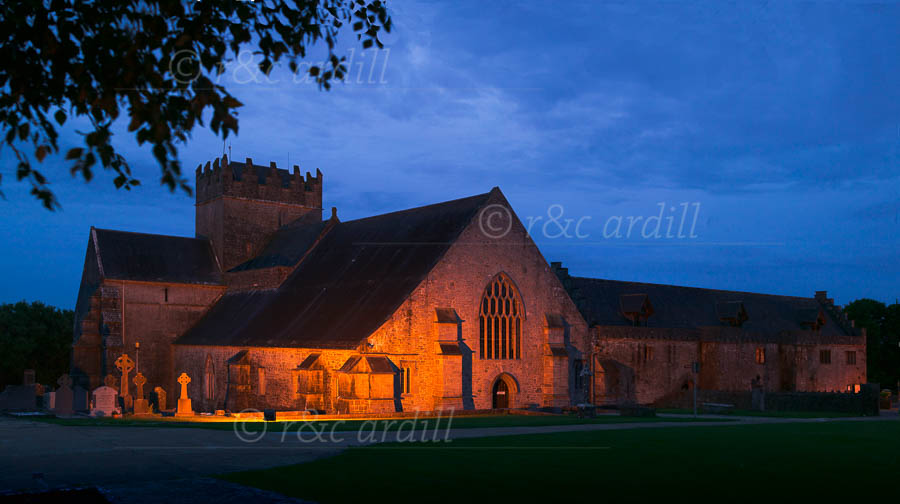 Photo of Holycross Abbey Illuminated - X69092