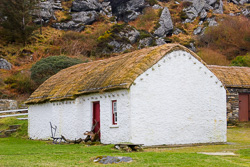 Photograph of Donegal Glencolmcille Cottage - M06158