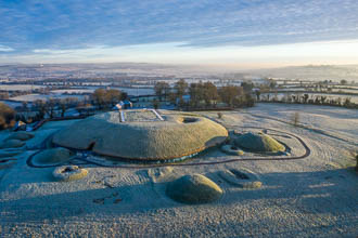 Photograph of Meath Knowth Frosty Early Morning - V00545